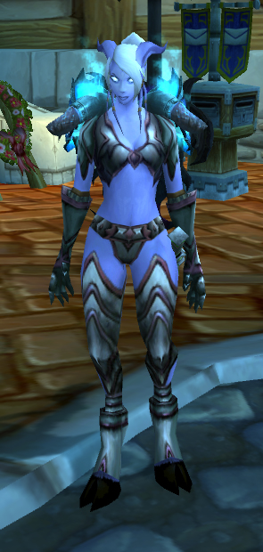 ... \u2026and Pasito is soo cool in her Saltstone set with Heaving Plates of Protection. & Fly Draenei Friday \u2013 Samaramon | Pretty Fly for a Draenei
